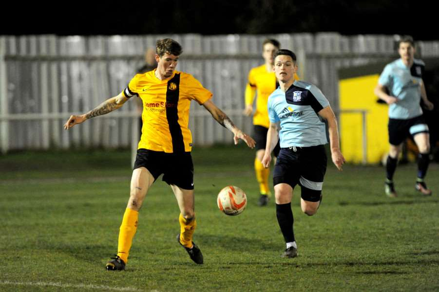 FOOTBALL - Mildnehall FC v Godmanchester''Pictured: Luke Butcher ANL-160323-000937009