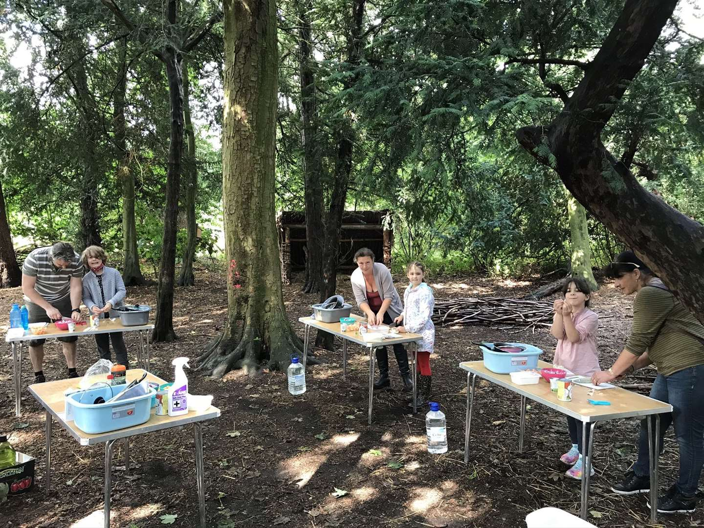Explore Outdoors family cooking session in Nowton Park, Bury st edmunds (40831539)