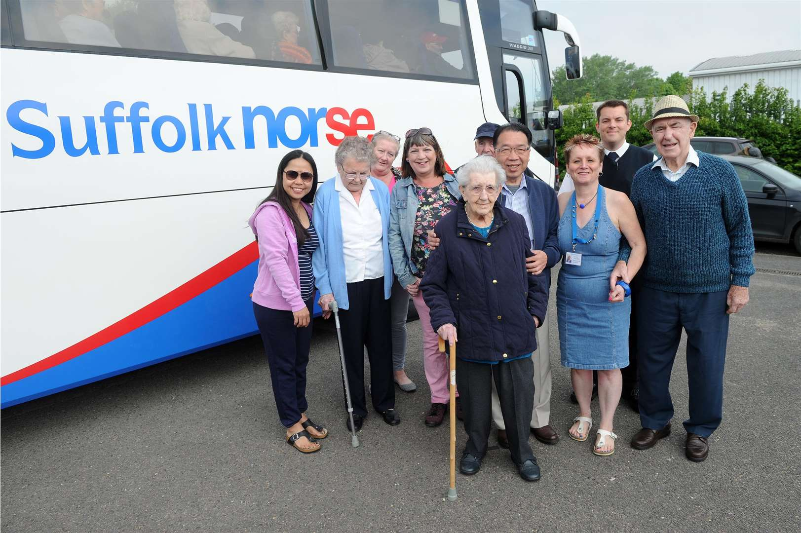 Suffolk Norse provided Gatehouse with a 54 seat coach for the charity's trip to FelixstowePictured: Cllr Patrick Chung, Elaine Channen (Gatehouse), Driver with Suffolk Norse, Clients, Carers and FamilyPICTURE: Mecha Morton (1987399)