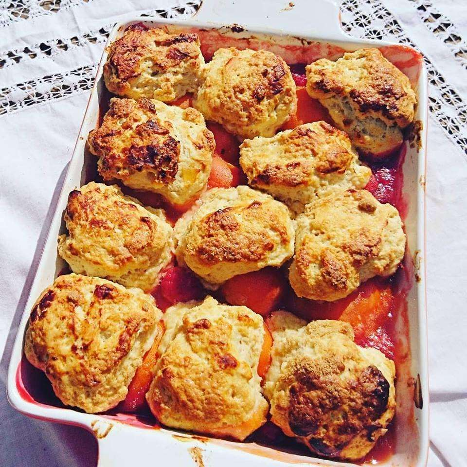 Spiced apricot and raspberry cobbler (2921036)
