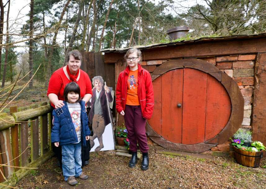 Ring Quest at West Stow Anglo Saxon Village. Miriam Farrell with Conan(6) and Autumn(10) at the Hobbit Hole. ANL-150215-215141009