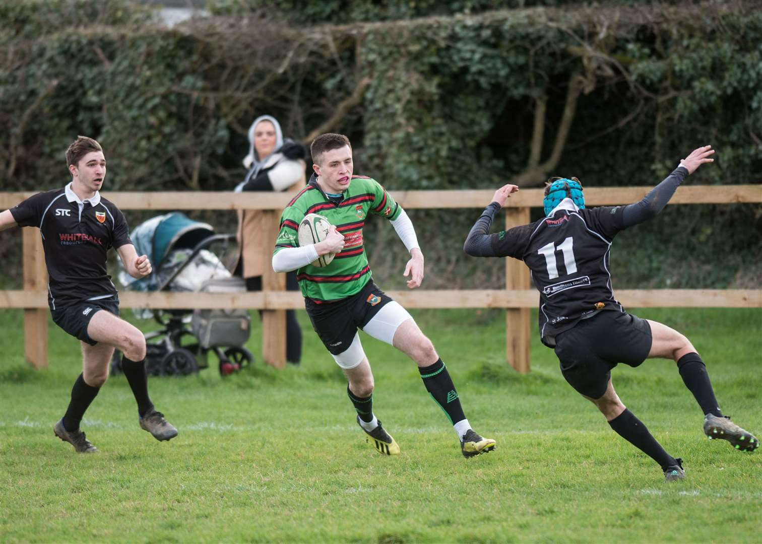 RUGBY: Newmarket v Colchester Harry Robbins makes it 15-0 to Newmarket. Picture by Mark Westley. (30040292)