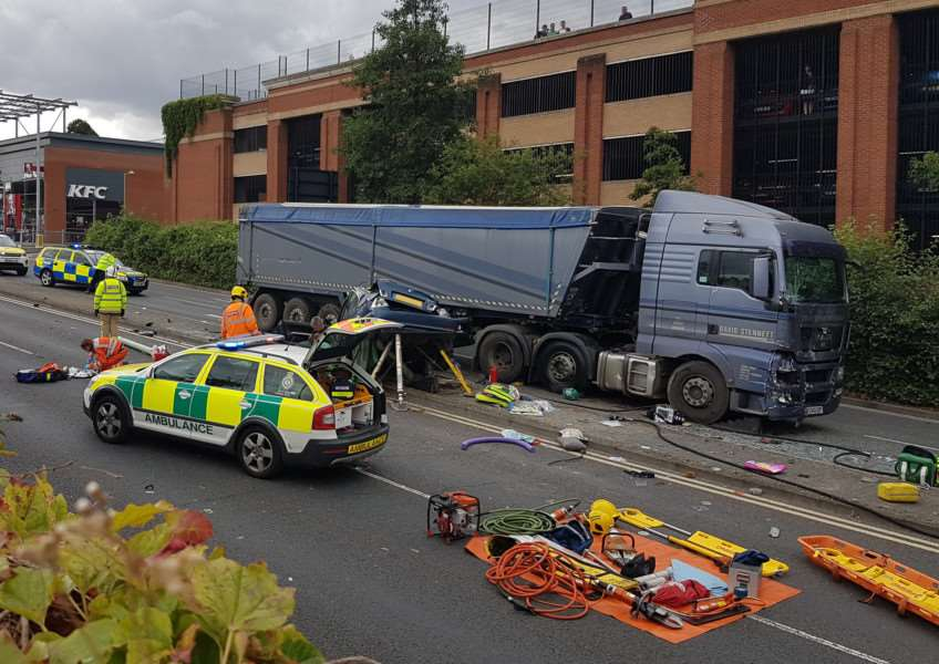 The scene of the serious collision in Bury St Edmunds ANL-160408-135646001