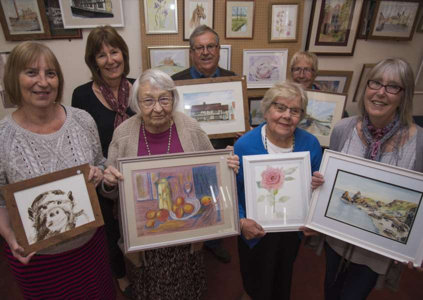 NAYLAND Art exhibition'Church Hall, Bear St. Nayland'Jane Barbrook, Daphne Berry, Dorothy Bishop, Diane Dent, Shirley Scarlett, organisers Colin Ramsell and Anne Spencer.'Picture Mark Westley ANL-160516-084310009