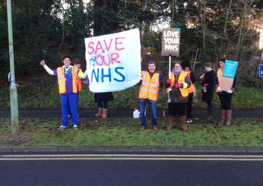 Doctors' picket line at West Suffolk Hospital'Picture by Emma Gordon ANL-160114-114104001
