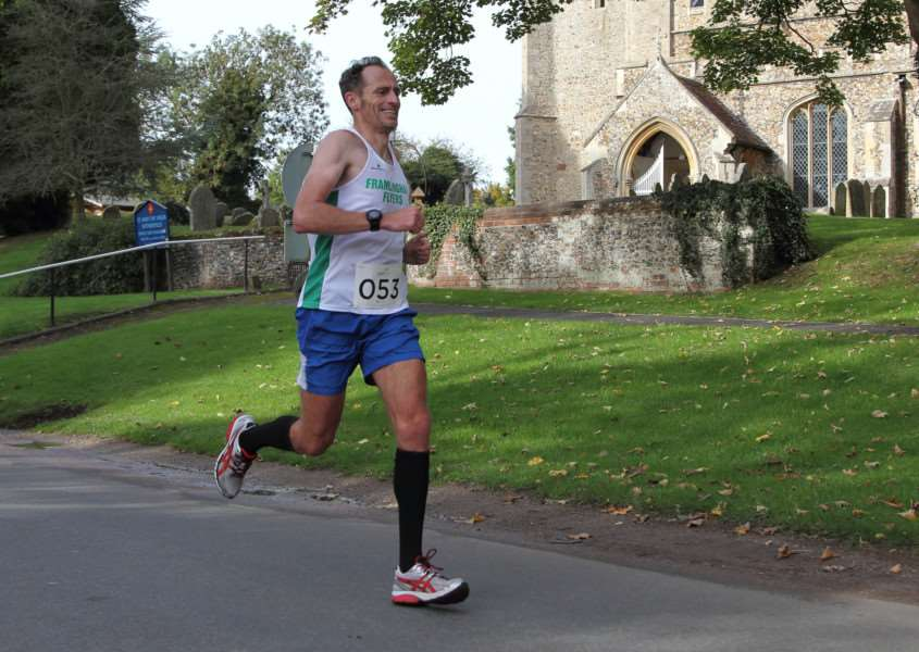 Adam Howlett on his way to winning the 2015 HaverHalf. Picture: Paul Tebbutt; p7photography ANL-151217-092703001