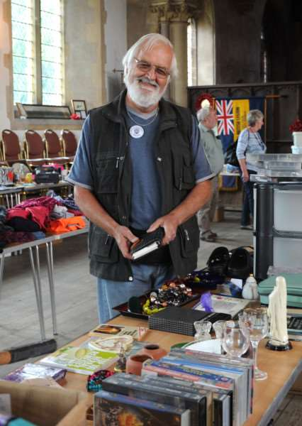 Feltwell yard sale day''Pictured: Committee member Barrie Reeves ANL-160307-181411009