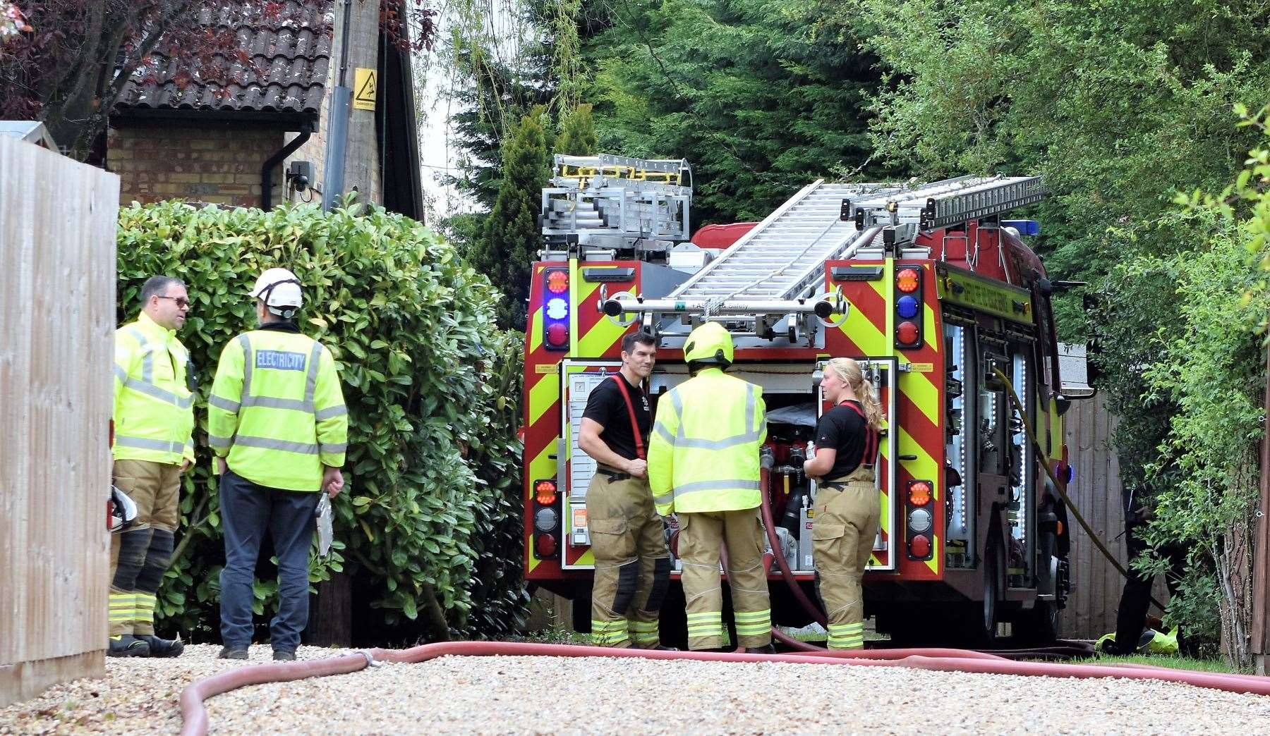 Emergency crews at scene of suspected gas explosion in Lidgate (9806411)