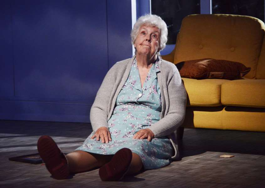 Talking Heads by Alan Bennett Directed by Sarah Esdaile 'A Cream Cracker Under the Settee - Stephanie Cole as Doris'�NOBBY CLARK ANL-150727-095927001
