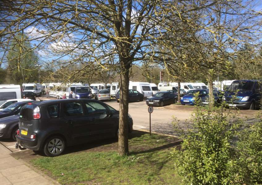 The group of travellers at the car park near Wilkos in Thetford before they moved on to Barnham Cross Common ANL-160419-153357001