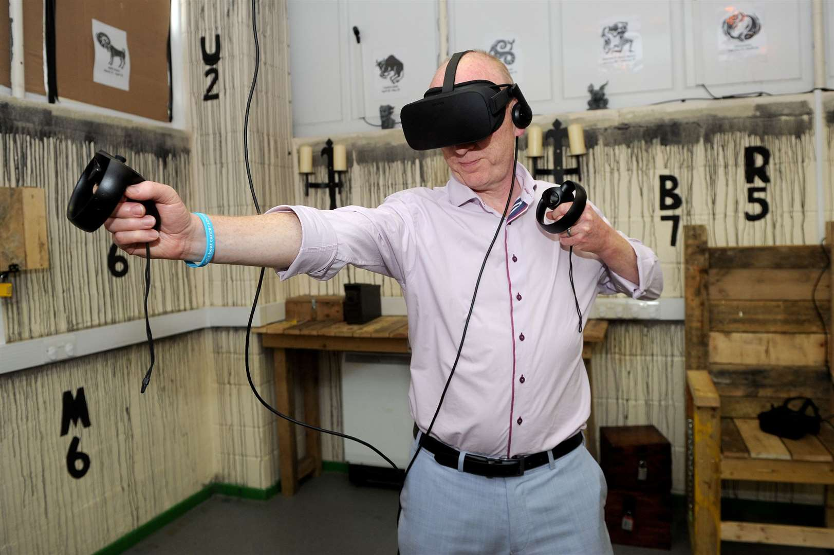 Echo reporter Steve Barton tries out the new VR experience at DS Escape Rooms in Haverhill. Picture by Mecha Morton.
