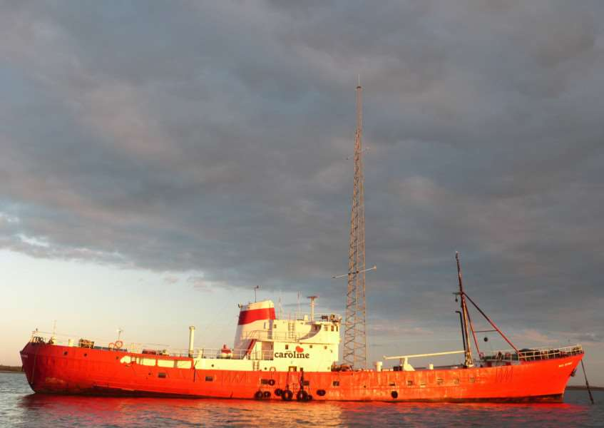 Radio Caroline has a licence to broadcast on AM from its ship Ross Revenge