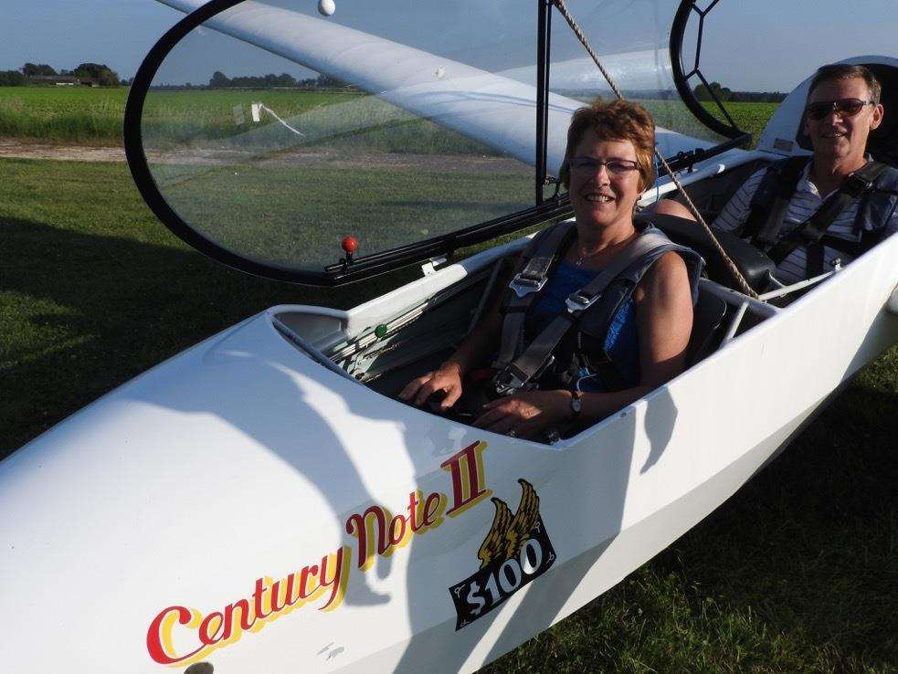 Sturmer WI member, Irene Patterson, with her instructor (2467180)