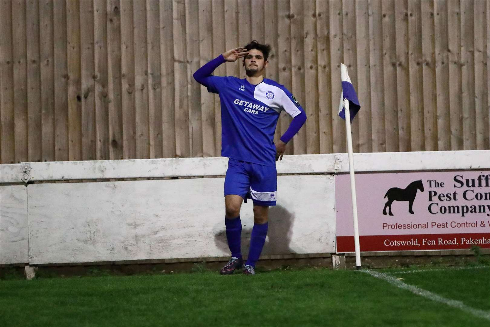 Bury Town v Hertford Town - Cemal Ramadan salutes the fans Picture: Paul Tebbutt. (5251665)