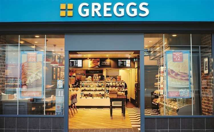 Greggs bakery chain confirms it will be axing 800 jobs (43165177)