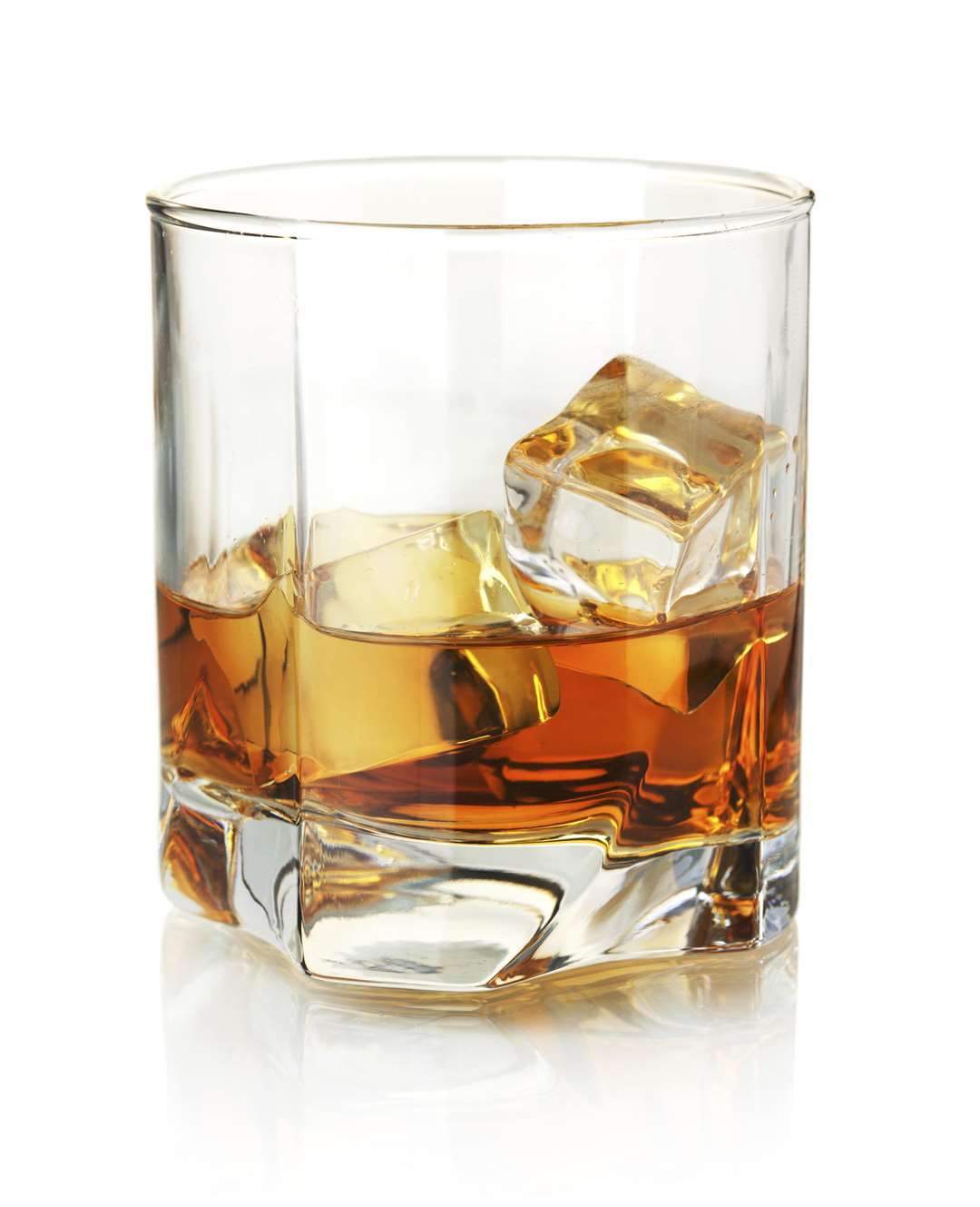 Whiskey glass KMG USE ONLY SUBMITTED BY Thinkstock, 0800 028 6268 FM2853771 (5876988)
