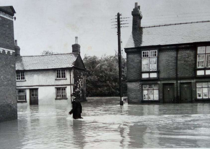 When was this photo of a flooded Haverhill taken? Can you tell us?