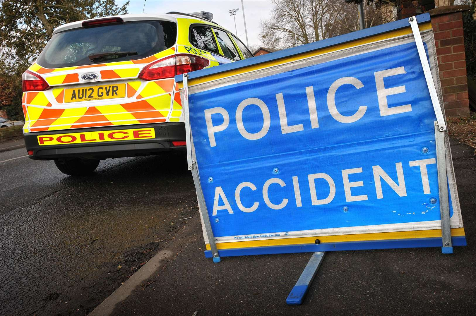 Two people had to be cut from their cars after a serious crash on the A1152 near Woodbridge.