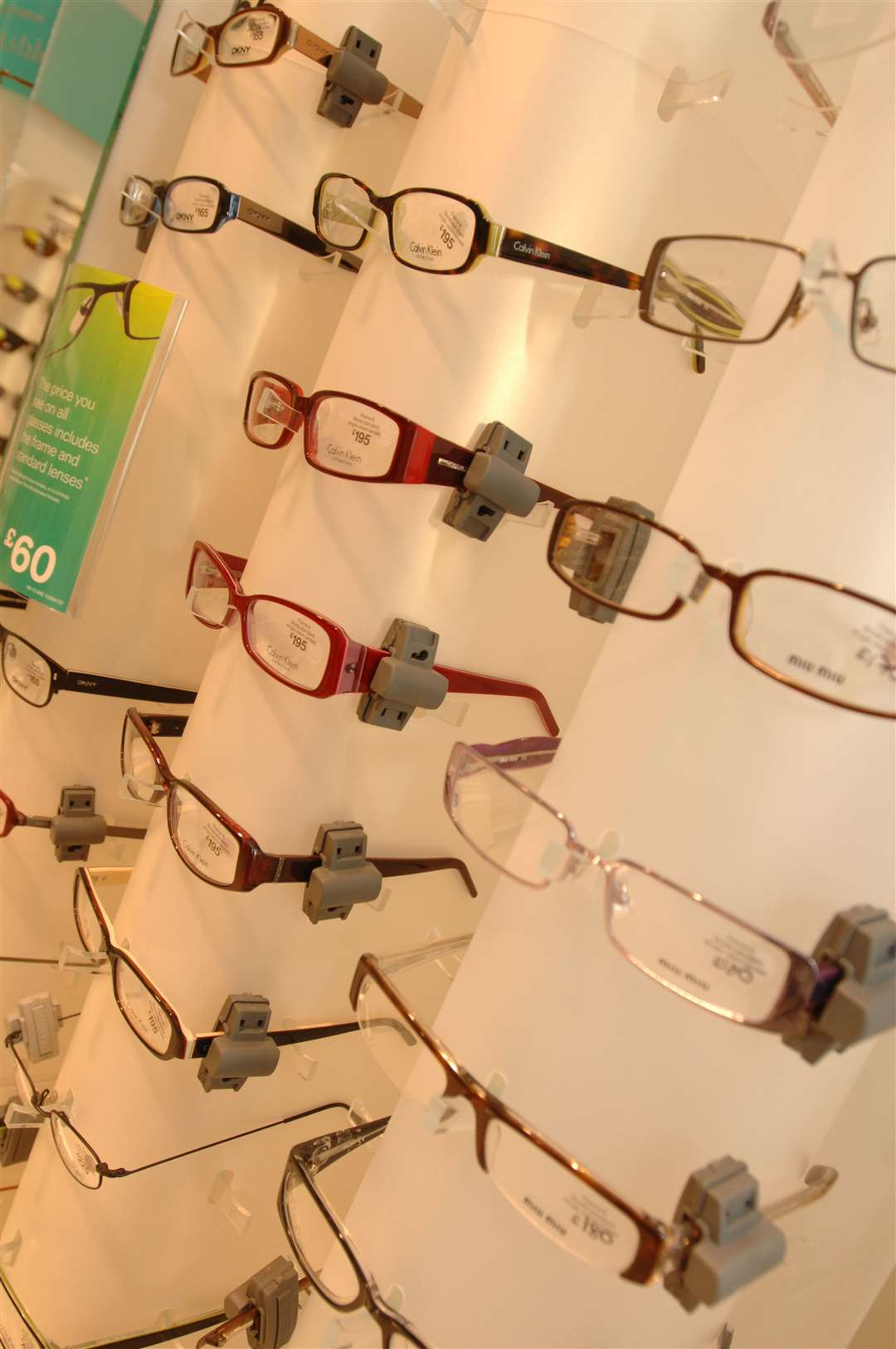 Boots Opticians is closing temporarily