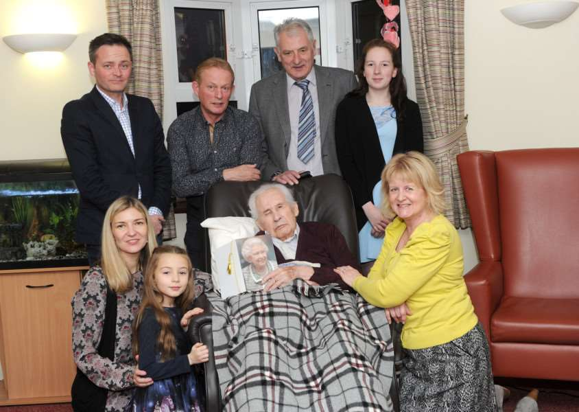 Richard Tyler (and his family) celebrated his 100th birthday ANL-161128-082320009