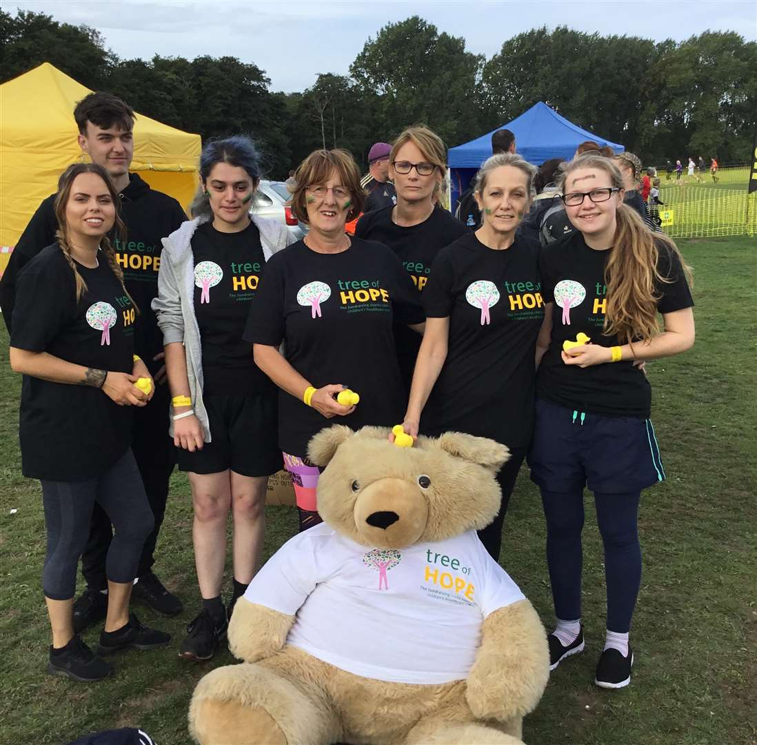 Staff from Roys in Sudbury join Karen Lea from Great Henny on mud run to raise vital funds for six-year-old Teddy (4278762)