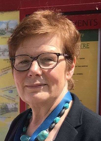 Cllr Mary Evans
