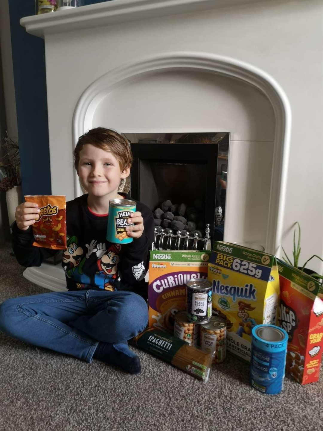 Frankie Farrelly, 8, of Bury St Edmunds, is appealing for food donations
