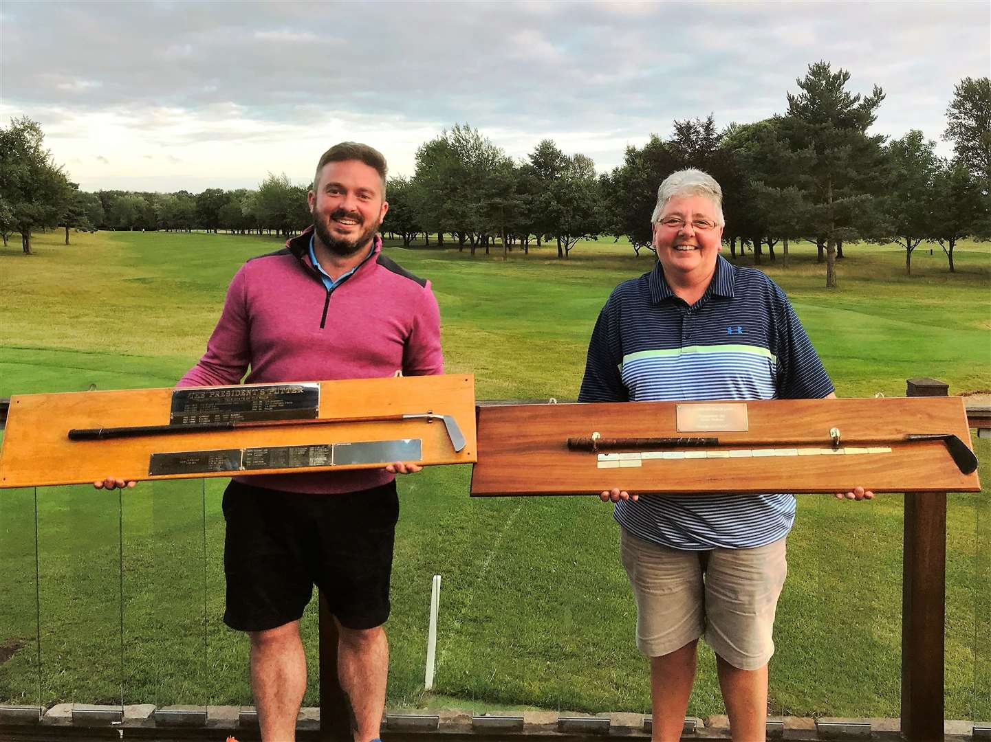 President's Putter winner Ben Coleman & Ladies Mashie winner Tracy Claydon at Bury GC Picture: Sandra Stannard (14579424)