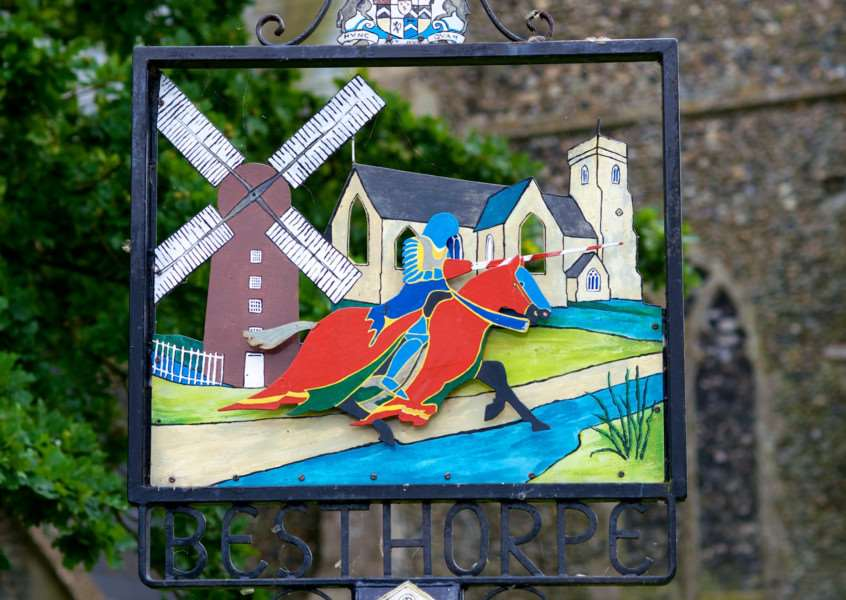 VILLAGE SIGN - BESTHORPE ENGANL00120121029163531