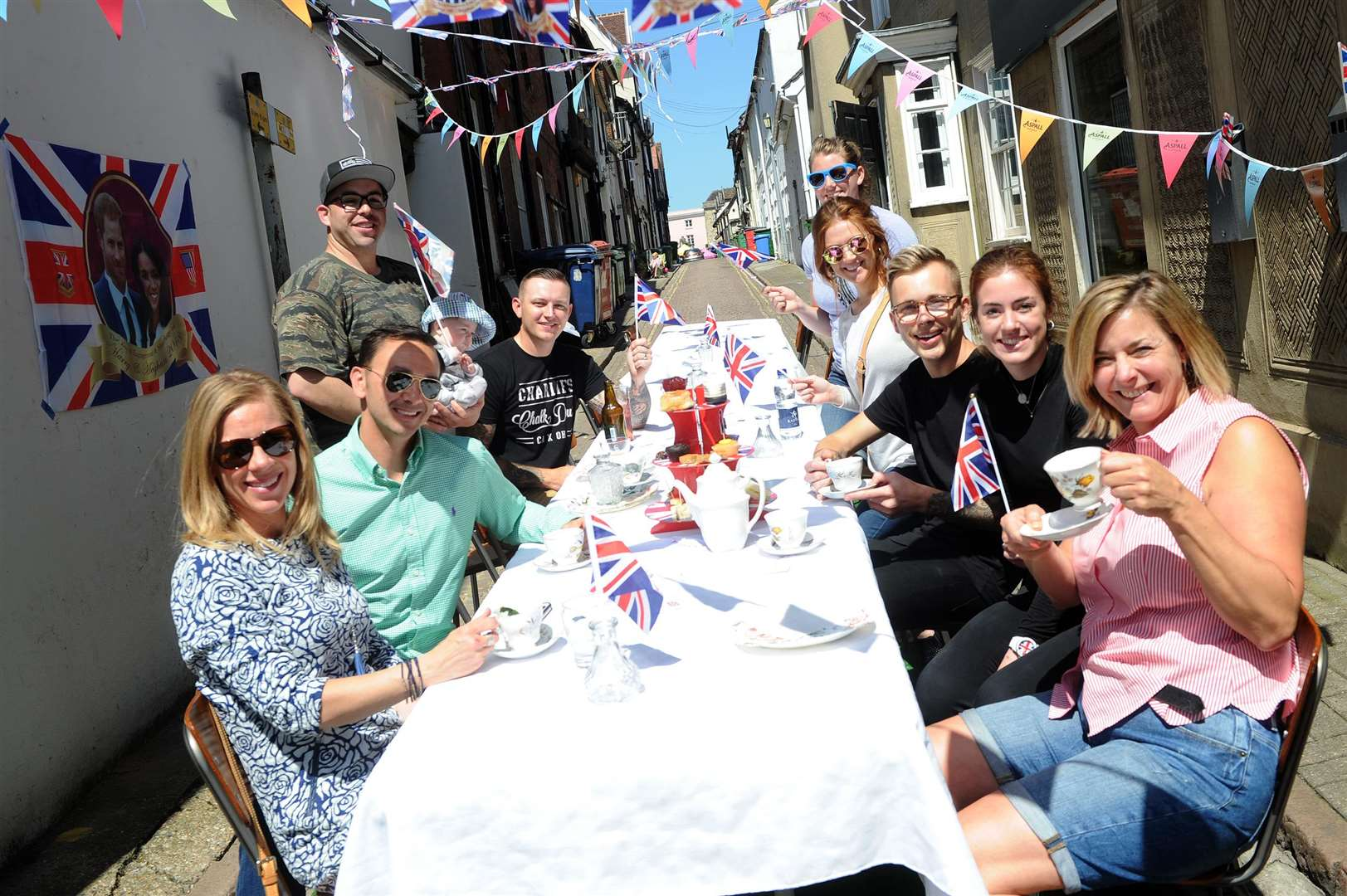 Royal wedding street party at Boosh Bar PICTURE: Mecha Morton (2090012)