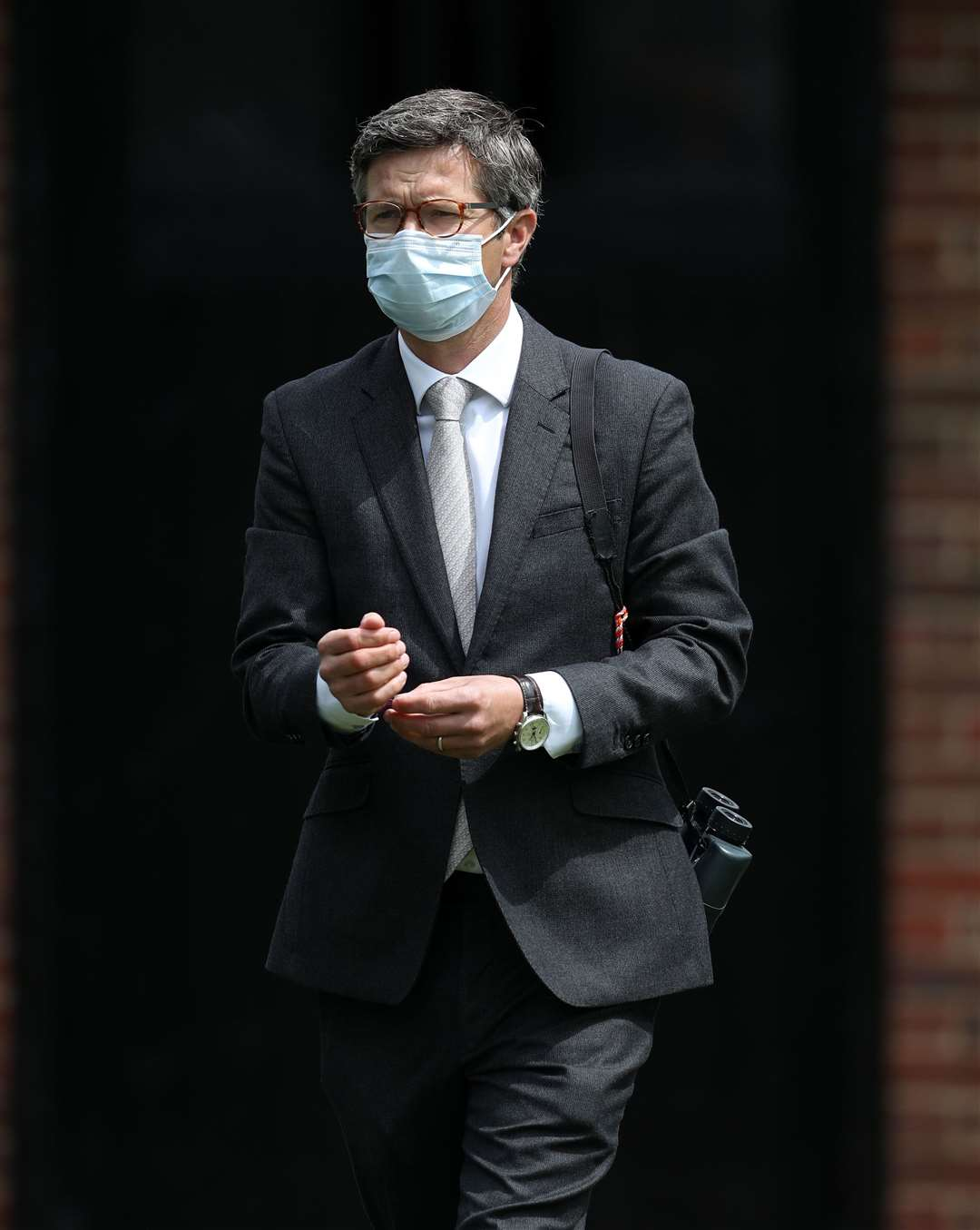 Trainer Roger Varian wears a face mask at Newmarket Racecourse. PA Photo. Issue date: Thursday June 4, 2020. See PA story RACING Newmarket. Photo credit should read: David Davies/PA Wire. (36810362)