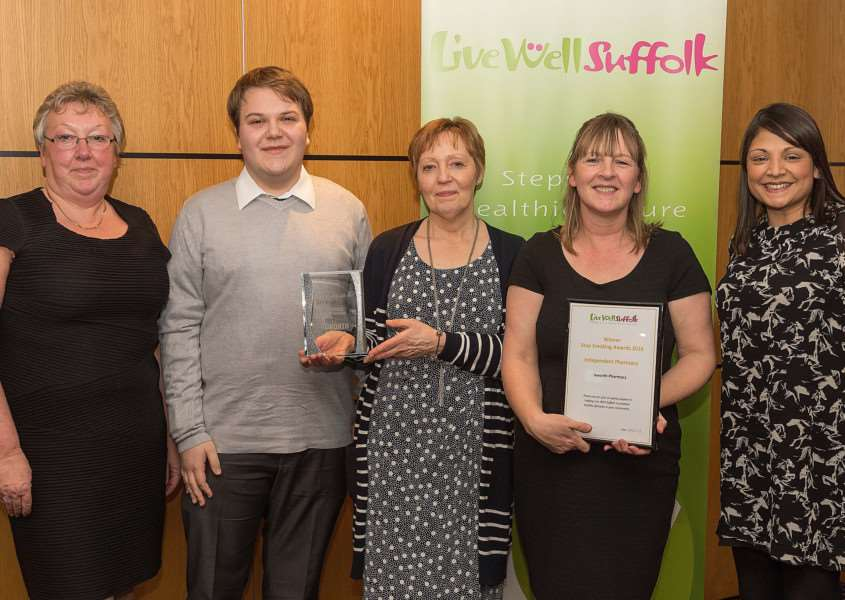 Ixworth Pharmacy's Sue Whitford, Josh Williams, Lesley Tucker and Jane Kneebone with Live Well Suffolk's Nisa Heys - photo by Richard Blaxall.