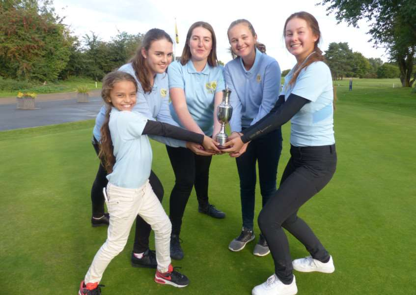 CHAMPIONS: Cambs & Hunts celebrate their win