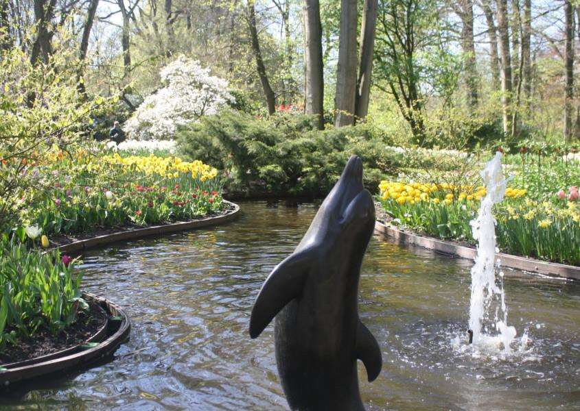 Keukenhof, Netherlands. By Catherine Greenwood ANL-160516-170024001