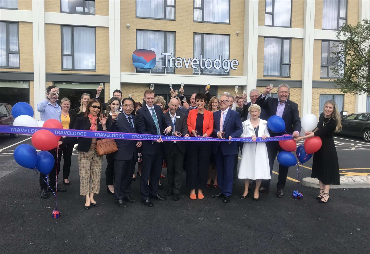 Bury St Edmunds Travelodge Officially Opened By Jo Churchill Mp
