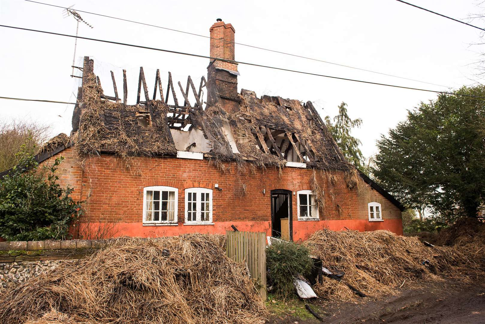 HIGH ROUGHAM: fire-damaged thatch cottage.High Rougham Picture Mark Westley. (7118992)