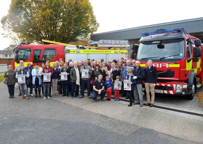 Sudbury's protest against the possible cuts to the fire service in the town and the possible loss of the town's second fire engine. the campaign is being backed by the SFP. ANL-151027-135656009