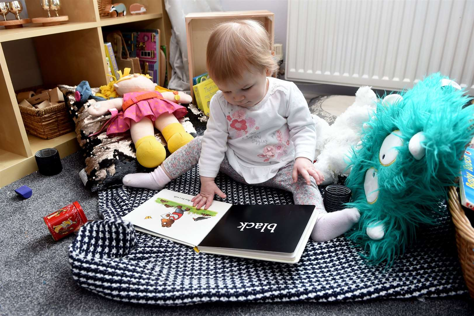 FEATURE - Claire Wilson is Suffolk's first 'Curiosity Approach' childminder, using no plastic or electronic devices.....PICTURE: Mecha Morton .... (30601602)