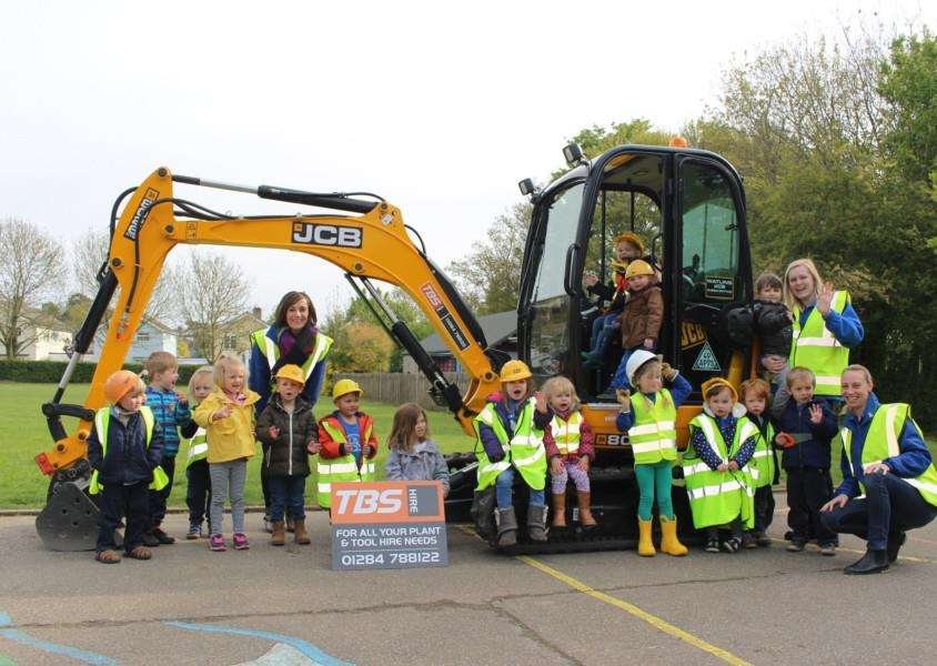 Horringer Pre-School has launched a �200,000 fund-raising campaign for a new building.
