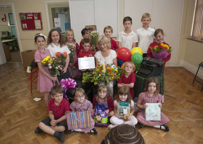 Val Nunn is retiring from Rattlesden Primary School after 28 years'Picture Mark Westley ANL-150722-211148009