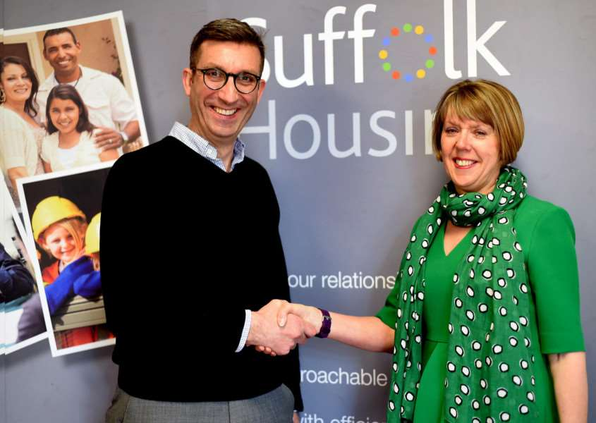 Suffolk Housing's new chief executive, Sue Philp, takes over from her predecessor Ian Winslet ANL-161005-124549001