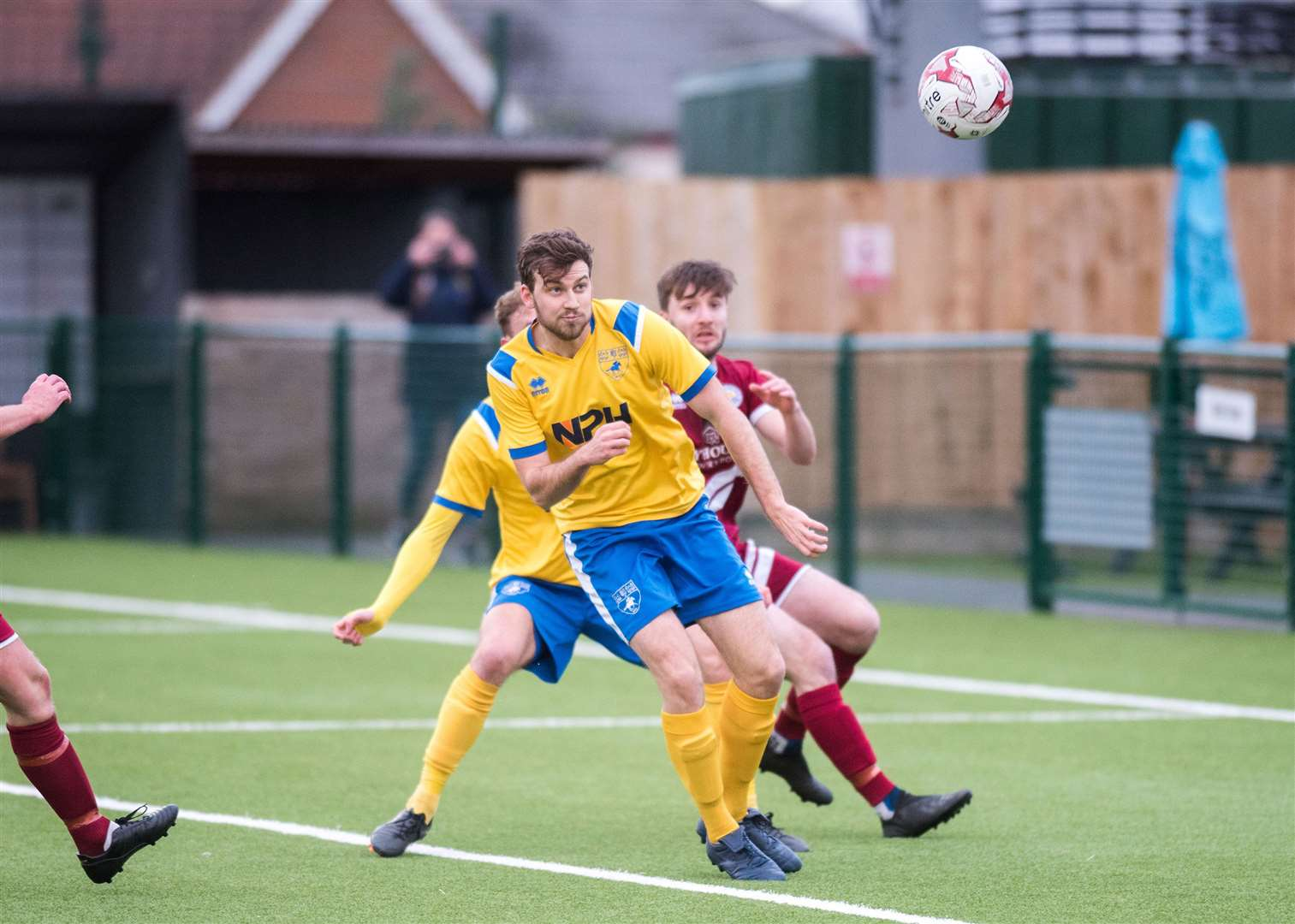 NEWMARKET: Football - Newmarket Town v Kirkley & Pakefield .Newmarket Town Football Club, Newmarket Town Ground, Cricket Field Rd, Newmarket Joe Robinson scores Newmarkets opener. Picture by Mark Westley. (25915238)