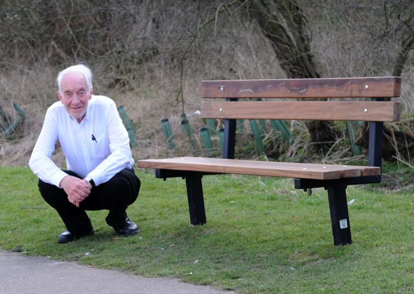 Cllr David Nettleton with the new bench, about a year after the previous one was destroyed '''''PICTURE: Mecha Morton