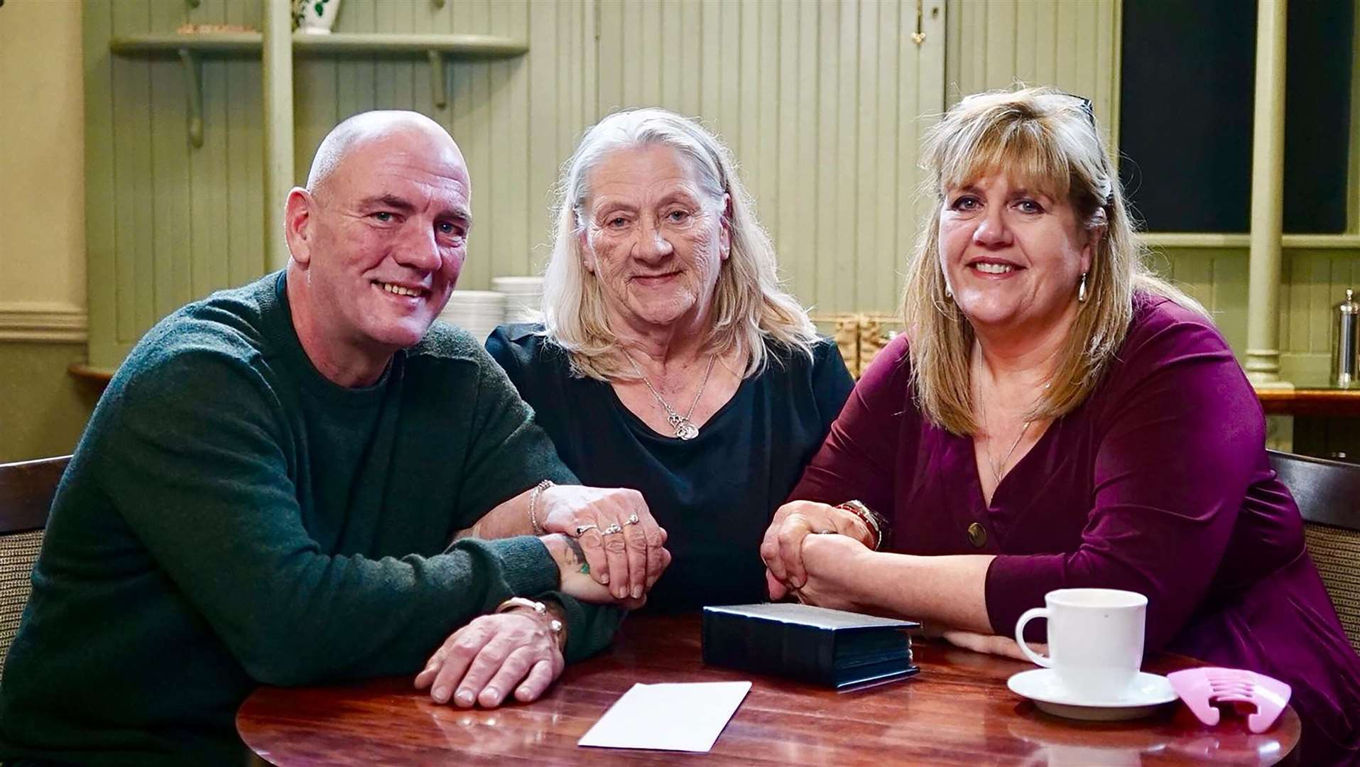Newmarket-born Nick Rhoades is reunited with his mother Jacqueline and sister Cayley at the Rutland Arms