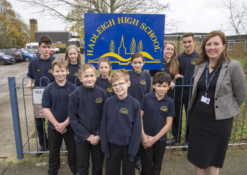Hadleigh High School, Highlands Road, Hadleigh'Caroline Gibson and pupils outside Hadleigh High School judged good by Ofsted'Picture Mark Westley ANL-151117-233424009