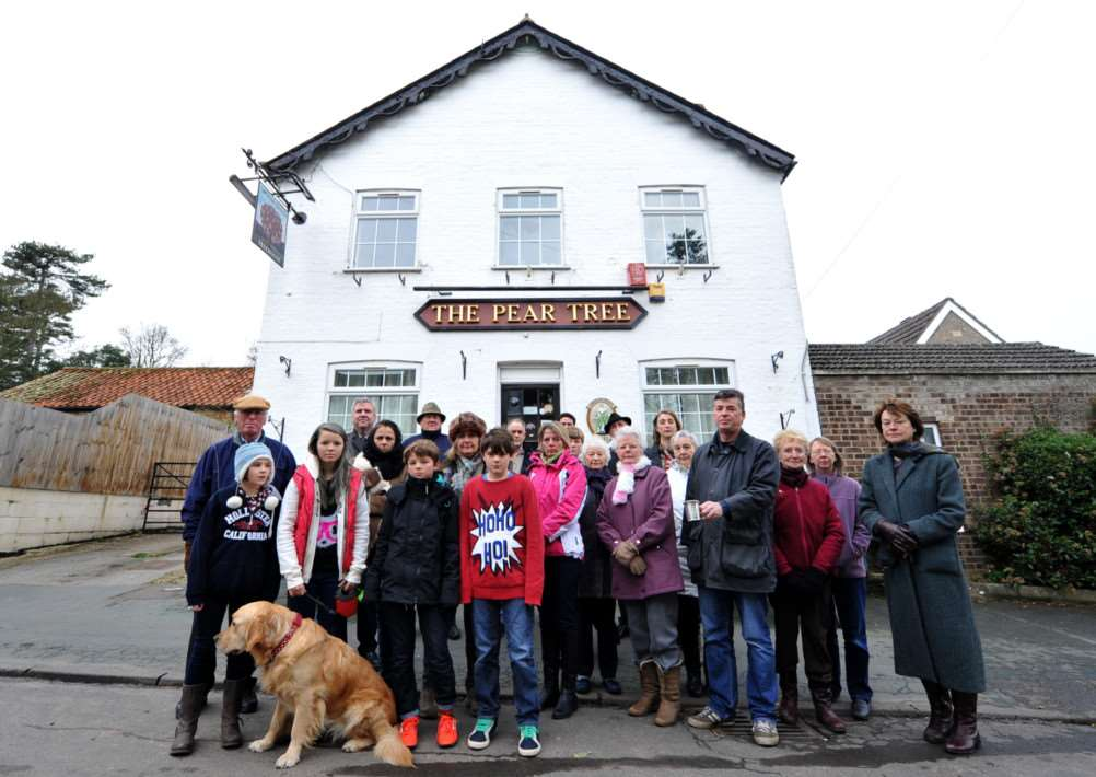 SToPit supporters outside the Pear Tree pub in Hildersham ENGANL00120131227163253