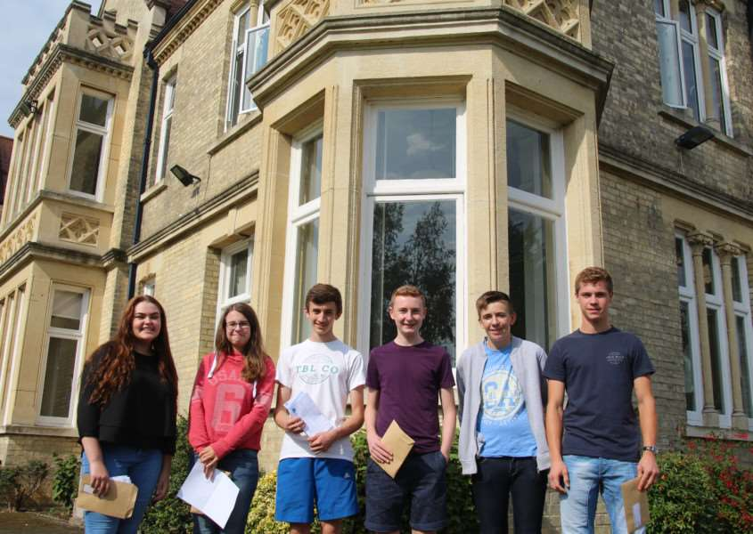 Students with their results at Soham Village College ANL-160825-141738001