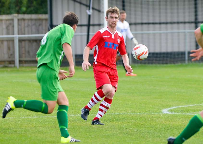 Riki Baker scored his first goal for Haverhill Rovers in their 1-1 draw with Ipswich Wanderers.