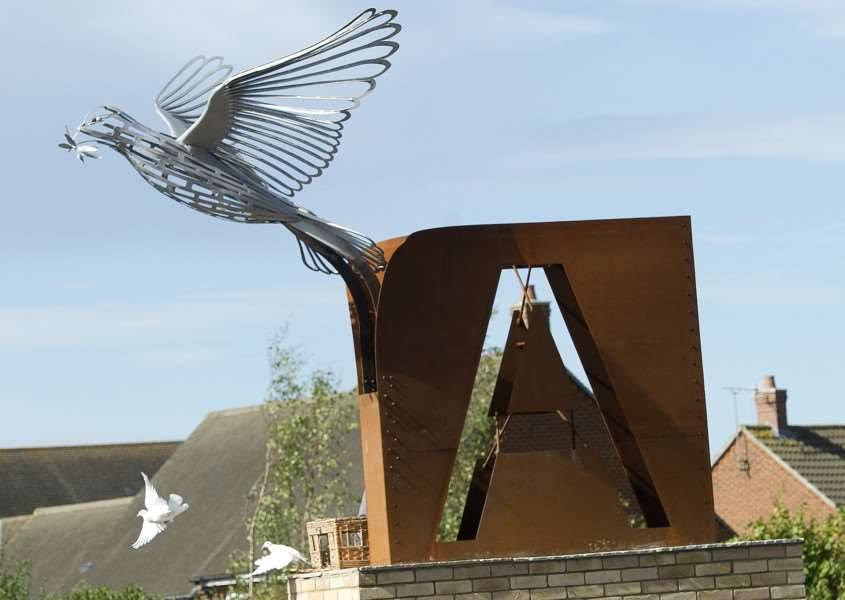 Flight of the Peace sculpture unveiling on the roundabout of the junction of Mount Road with Lady Miriam Way ANL-161209-163053009