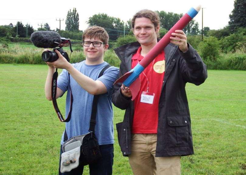 West Suffolk College student Joe Bishop, 17 with the rocket he built under the guidance of Jon London from Cambridge Science Centre ANL-160726-152042001
